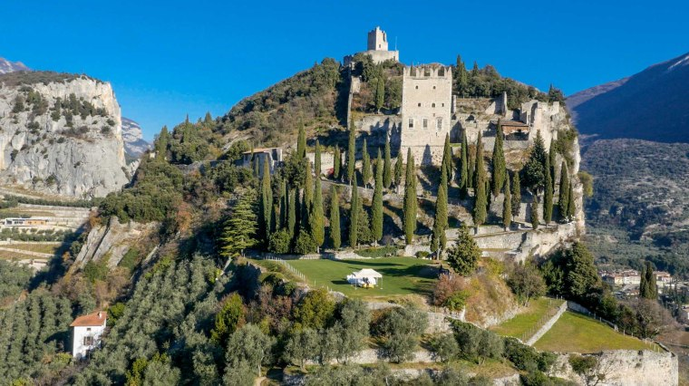 fotografo drone, fotografo matrimoni , wedding arco, fotografo lago di garda , location garda wedding , wedding lake garda, lake garda stories, wedding castle trentino, wedding castle lake garda, wedding castle veneto , photographer trentino, photographer lake garda , wedding venues trentino, wedding venues lake garda, drone wedding trentino, drone wedding lake garda
